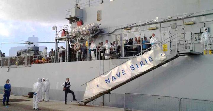 Trapani-sbarco--migranti-porto-nave-siriio-marina-militare-marsal-news-www