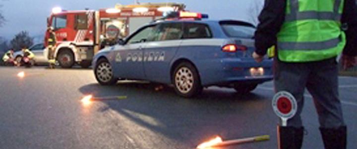 Incidente: morti madre, padre e figlio di due anni a Foggia. Erano originari di Siracusa