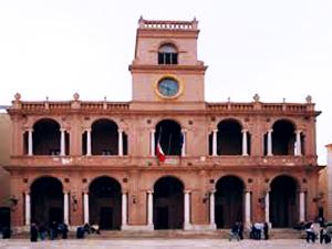 palazzo-VII-aprile-consiglio-comunale-Piazza-Loggia-Marsala-sala-delle-lapidi-www.marsalanews.it
