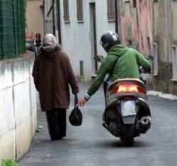 scippo-scippi-ladri-furti-con-destrezza-anziani-centro-storico-marsala-www.marsalanewes.it