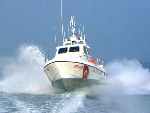 vedetta-capitaneria-di-porto-motovedetta