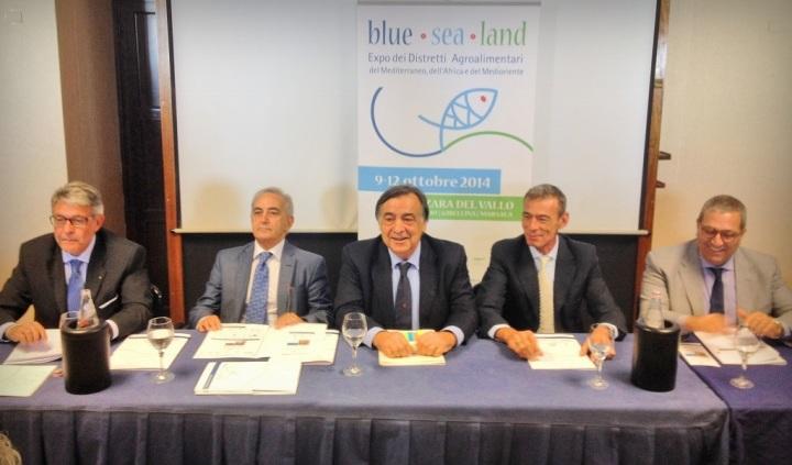 blue sea land_Tumbiolo_Parlagreco_Orlando_Reale_Fontana