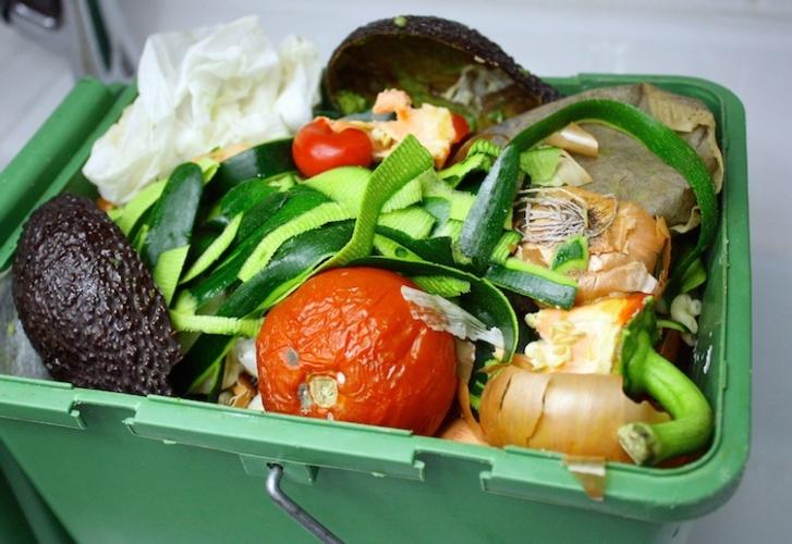 spreco-alimentare-cibo-cestino-spazzatura-by-patryssia-fotolia-marsala-news-cronaca-marsalanews