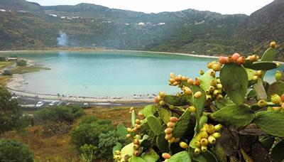 Pantelleria-veduta-lago-di-venere-isola-mimnore-abbattimento-imu-agricola-marsalanews