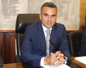 enzo-sturiano-presidente-consiglio-comunale-2015