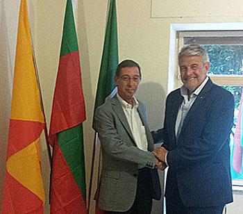 Da sx Antonio Tito Console Burkina Faso_ Giovanni Tumbiolo pres Distretto Pesca