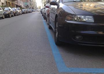 strisce-blu-a-marsala-il-comune- sosta gratuita-ai disabili-parcheggio