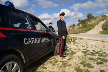Guida senza patente e resistenza a pubblico ufficiale. Arrestato dai Carabinieri