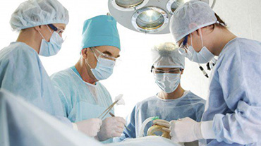 Sala-operatoria-Medico-medici-ospedali-asp