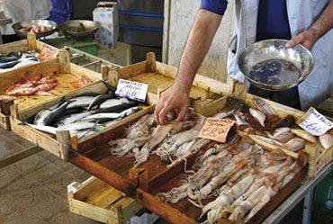mercato-ittico_peso pesce