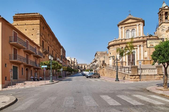 sambuca-di-sicilia-corso-principale