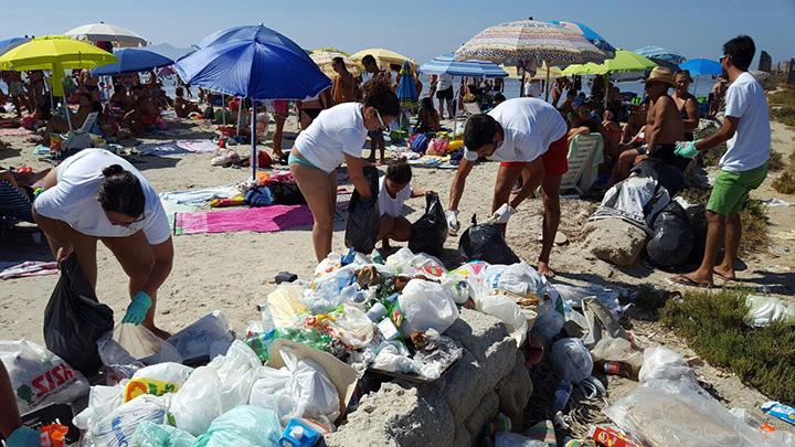 pulizia-spiaggia-giovani-associazione-restart-marsala-isola-lunga
