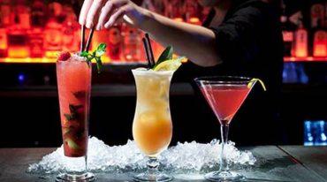 barman-cocktail-drink-generica