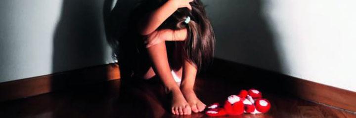 Abusi sessuali sulla figlia minorenne, arrestati marito e moglie