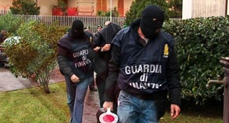 Blitz antidroga in Sicilia, Calabria e Campania: 13 arresti