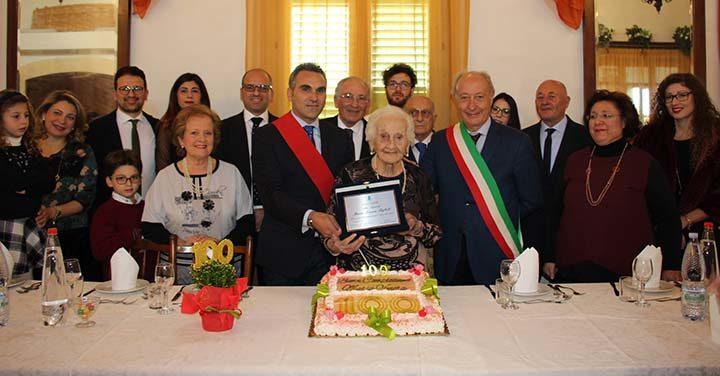 Nuova centenaria a marsala è nonna Maria Venera Figlioli