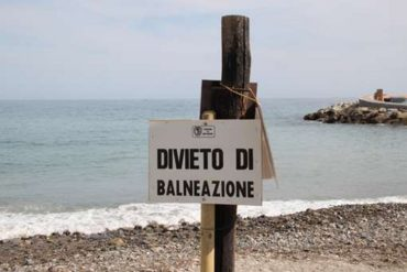 Alghe tossiche a Trapani, divieto di balneazione nelle acque del lungomare Dante Alighieri