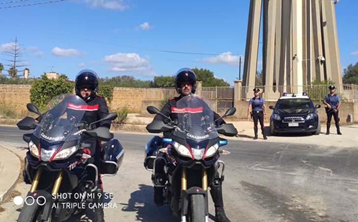 Un arresto, otto denunciati e 12.000 euro di sanzioni nel quartiere di Mazara Due