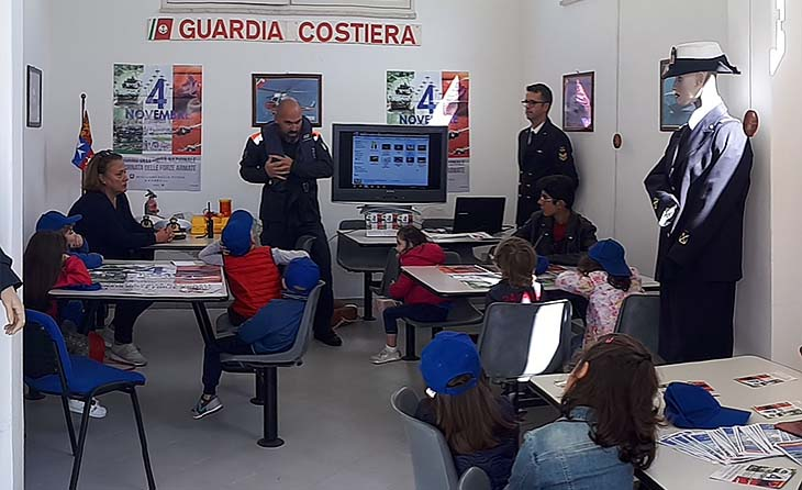 La Guardia Costiera di Marsala festeggia il 4 novembre insieme alle nuove generazioni