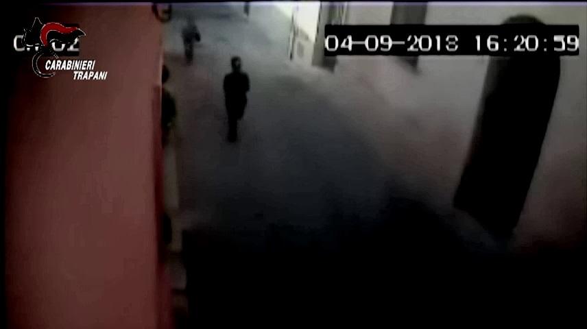 Marsala: scippava donne anziane in pieno centro. IL VIDEO